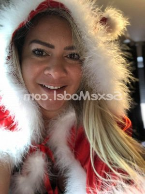 Shamsy escorte trans